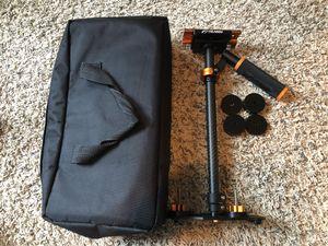 YELANGU DSLR Camera Stabilizer for Sale in San Antonio, TX