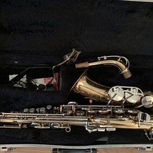 Alto Saxophone Alto Saxofon for Sale in Powder Springs, GA