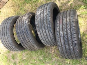 265/40/22 tires (NEW) for Sale in Selma, CA