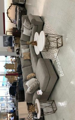 Same Day Delivery in Stock Spcl Sectional for Sale in Alexandria,  VA