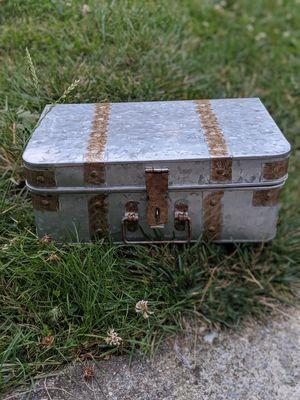 Metal box for Sale in Auburn, WA