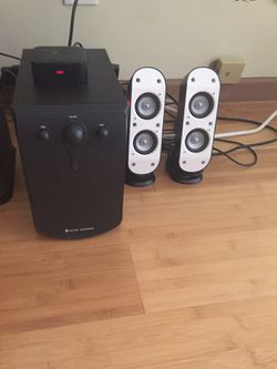 Logitech wireless speakers And Subwoofer Bluetooth  for Sale in Chicago, IL