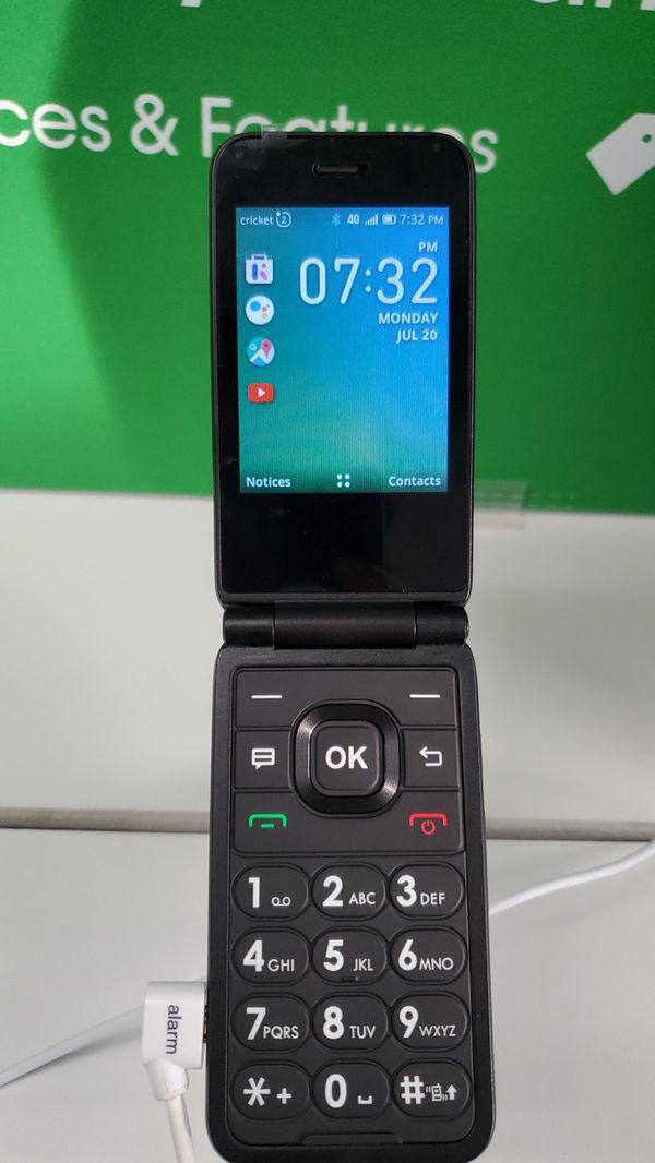 Debut flip phone