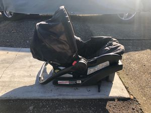 Grace infant car seat for Sale in West Linn, OR