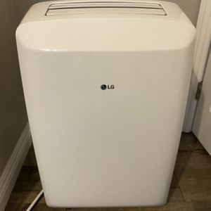 LG LP0817WSR Portable A/C With Dehumidifier Function for Sale in San Diego, CA