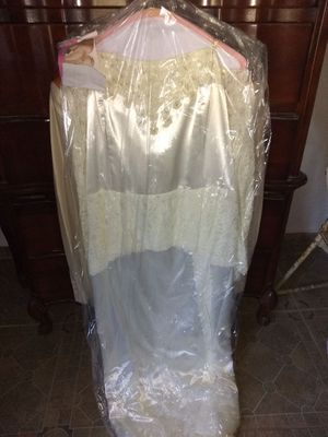Western wedding dress and suit for Sale in Weslaco, TX