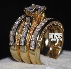 New 18 k yellow gold wedding ring set for Sale in Sunrise, FL
