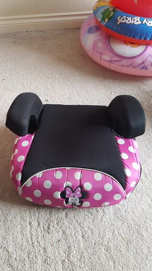 Disney Booster Car Seat $7 for Sale in Irving, TX