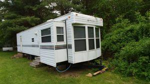 44 ft park model rv for Sale in Salem, NH