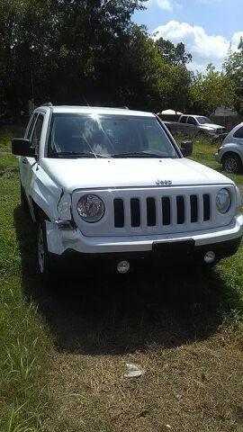 jeep patriot año 2011 automática trabajando muy bien for Sale in Houston, TX