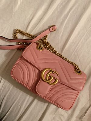 Gucci GG marmont crossbody bag for Sale in Washington, DC