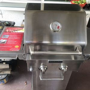 Stainless steel Bbq grill Kitchen Aid for Sale in Los Angeles, CA
