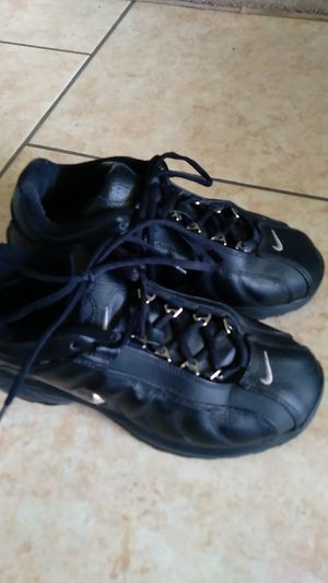 Nike shoes women's size 9 for Sale in Lake Wales, FL