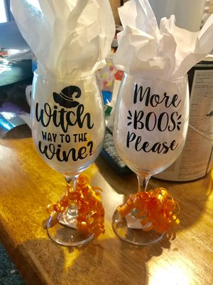 Halloween Wine Glasses (Set of 2) for Sale in Moline, IL