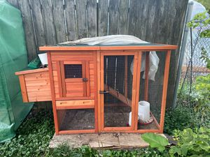Chicken coop for Sale in Elgin, IL