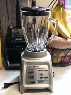 Almost new Oster blender for Sale in Newport News, VA