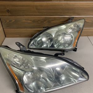 2004 - 2009 Lexus RX 350 Right And Left Sides Headlight OEM for Sale in Pompano Beach, FL