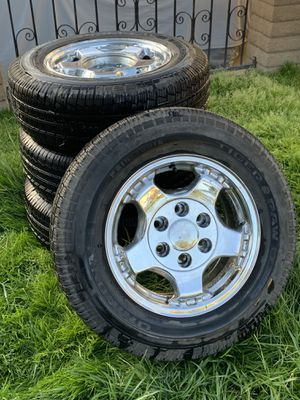 New Tiger Paw 6 Lug Tires P215/70 R 16 With Free Rims from Chevy Astro Van for Sale in Artesia, CA