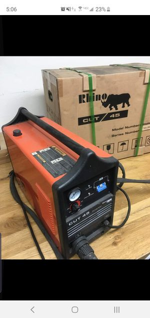 Cut 45 - 45 AMP Plasma Cutting Torch - 110 / 220 NIB for Sale in Buena Park, CA