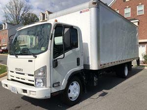 2015 Isuzu 20ft box truck for Sale in Annandale, VA