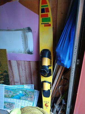 Vintage slalom ski for Sale in Niagara Falls, NY