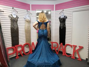 Prom dresses at Promrack Bensalem PA for Sale in Feasterville-Trevose, PA