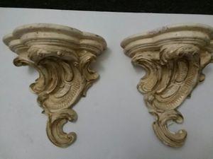 VINTAGE CREME & GOLD WALL SCONES for Sale in Wilmington, DE
