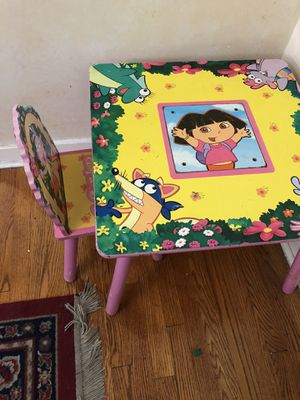 Dora table and chair. for Sale in Pittsburgh, PA