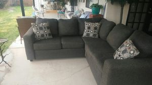 Sectional couch gray for Sale in Mesa, AZ