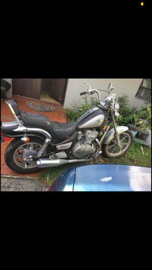 MOTORCYCLE [Kawasaki Vulcan 1995] for Sale in Miami, FL