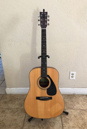 Yamaha acoustic guitar, capo, and stand OBO for Sale in Norco, CA