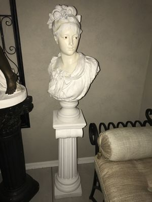 New Orleans Hand me statue - over 50 years for Sale in Land O Lakes, FL