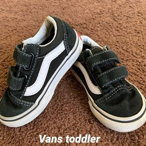 Vans Toddler Sz 6.5 for Sale in Los Angeles, CA