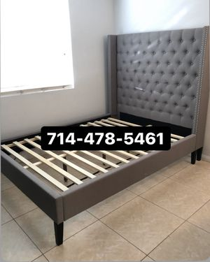 Grey Queen bed for Sale in San Diego, CA