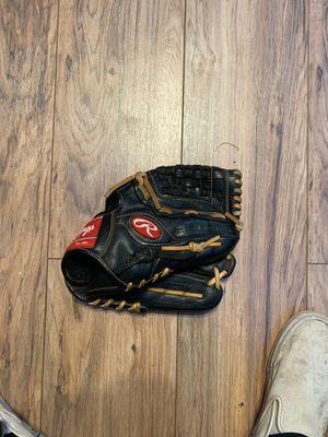 Rawlings 12inch Baseball Glove for Sale in Modesto, CA
