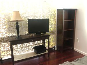 Bookshelf, end table and console - oak from target line for Sale in Miami, FL