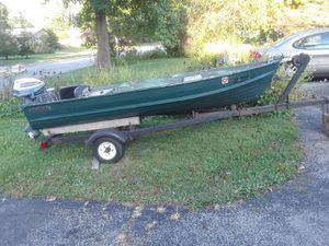 Statecraft boat with 6hp motor and trailer for Sale in Columbus, OH