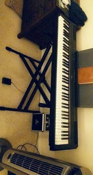 Yamaha P-115 Full sized weighted keyboard with stand for Sale in Orange, CA