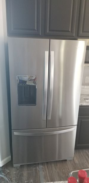 Whirlpool French Door Refrigerator 27 cu ft for Sale in Streetsboro, OH