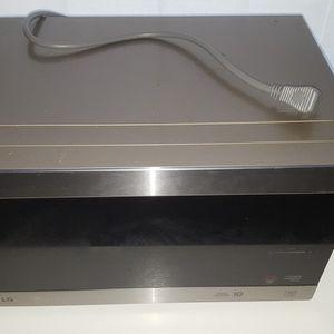 LG Microwave (LMC0975ST) for Sale in Portsmouth, VA