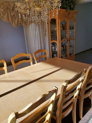 Table and buffet set for Sale in Bonney Lake, WA