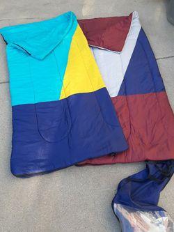 2 Adult Sleeping bags Northwest Territory for Sale in Los Angeles,  CA
