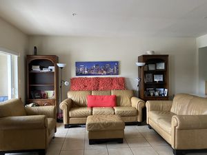 sofa set of 4 made of great quality leather for Sale in Doral, FL