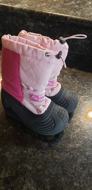 Size 10 kids snow boots for Sale in Edgewood, WA