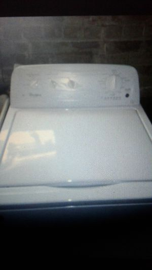 Whirlpool washer and dryer for Sale in Detroit, MI