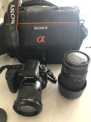Sony A300 DSLR camera for Sale in Tampa, FL