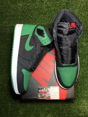 Air Jordan retro 1 pine green 2.0 size 9.5 brand new for Sale in Gig Harbor, WA