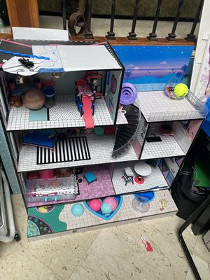 Lol Dolls and dollhouse for Sale in Sayreville, NJ