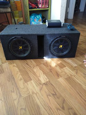 """Two 12"""" Kicker Comp subwoofers with box and amp. for Sale in Akron, OH"""