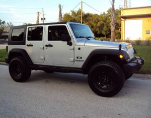 Fullyy a/c 07 Suv Jeep V6 4X4 $1800 Wrangler Unlimited for Sale in Hayward, CA